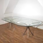 Grande table en verre ovale de Xavier-Féal