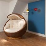 Rare fauteuil sphère en moelle de rotin