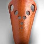 Rare applique d'angle en céramique émaillée orange attribuée à Juliette Derel