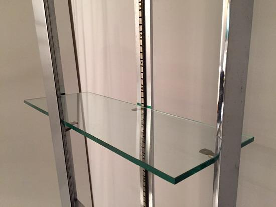 4_paire_d_etageres_1970_acier_chrome_verre_meubles_et_lumieres.jpg