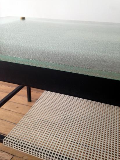 mathieu_table_verre_metal_1950_meublesetlumieres_7.JPG