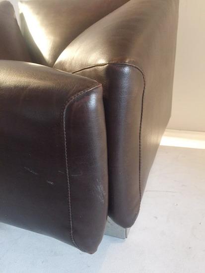 4_fauteuil__1970_skai_galerie_meubles_et_lumieres.jpg