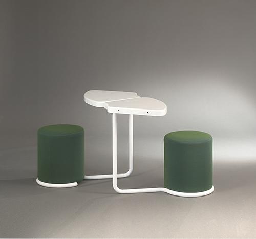 Table_poufs_lionel_morgaine__sentou_4_web_.jpg