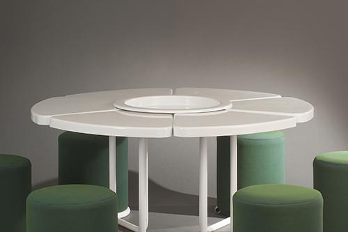 Table_poufs_lionel_morgaine__sentou_9_web.jpg